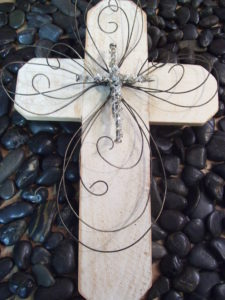 "16"" Cedar Wood White Washed Cross"